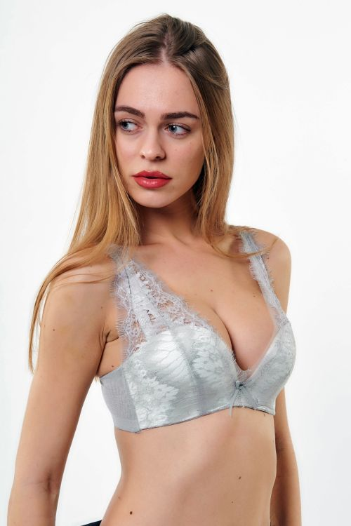 BRALETTE CARRIE ΜΕ ΕΝΙΣΧΥΣΗ ΚΑΙ ΔΑΝΤΕΛΑ - Ice Grey