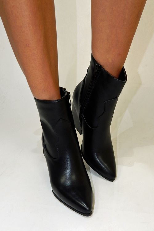 WILD AND HIGH ANKLE BOOTS - Μαύρο